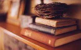 book-shelf-349934_1920 (1)