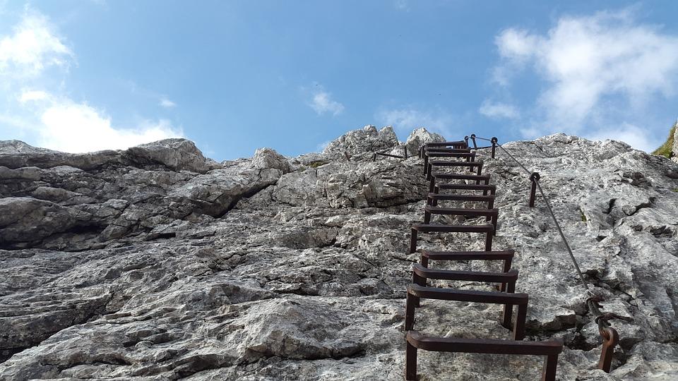 climbing-824373_960_720