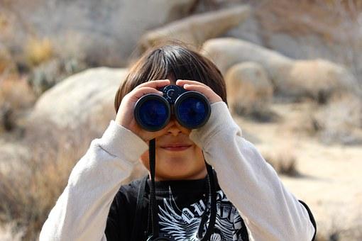 binoculars-100590__340